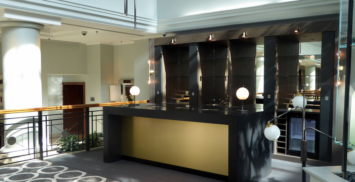 Bespoke Hotel Bar Counter - Hyatt Regency